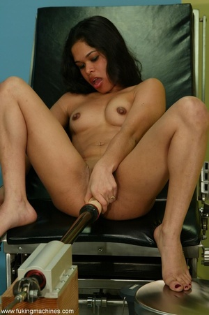 Huge dildo strapped to sex machine drills Latina cunt - XXXonXXX - Pic 2