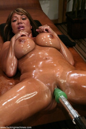 Oiled MILF with huge shapes gets drilled by machine - XXXonXXX - Pic 3