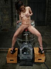 Juicy vagina of young lassie welcomes mechanized - XXXonXXX - Pic 10
