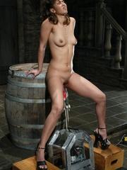 Juicy vagina of young lassie welcomes mechanized - XXXonXXX - Pic 11