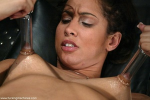 Juicy vagina of young lassie welcomes mechanized dildo - XXXonXXX - Pic 14