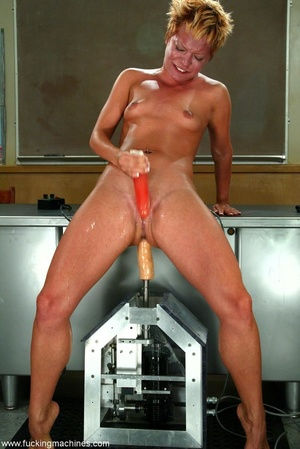 Young lady has multiple orgasms from fucking engines - XXXonXXX - Pic 17