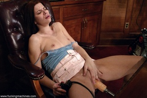 Housewife got nasty with sex machines while cleaning house - XXXonXXX - Pic 6
