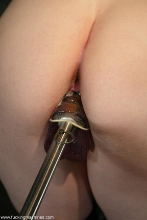 Busty MILF bound in chains got deep fucked by sex machines - XXXonXXX - Pic 9