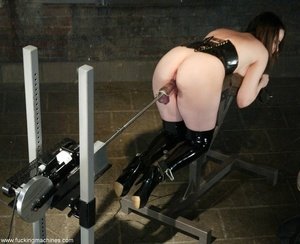 Busty MILF bound in chains got deep fucked by sex machines - XXXonXXX - Pic 11
