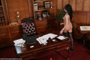 Robotic sex machines forced lady's snatch squirt in office - XXXonXXX - Pic 18