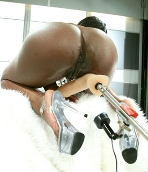 Fucking machine penetrates black woman's tight pussy - XXXonXXX - Pic 8