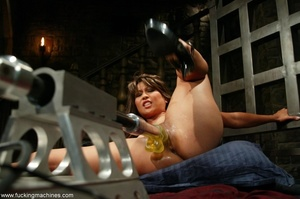 Lady has an incredible orgasm on top of sybian machine - XXXonXXX - Pic 4
