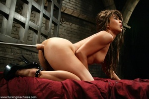 Lady has an incredible orgasm on top of sybian machine - XXXonXXX - Pic 10