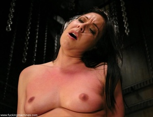 Machine driven dildos infiltrated inside a sweet pussy - XXXonXXX - Pic 18
