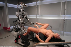 Naked woman has an intense orgasm from fucking machines - XXXonXXX - Pic 15
