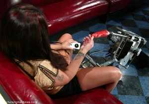 Sweet lady gets her pussy wrecked by a sybian machine - XXXonXXX - Pic 1