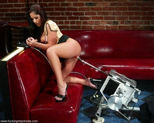 Sweet lady gets her pussy wrecked by a sybian machine - XXXonXXX - Pic 3