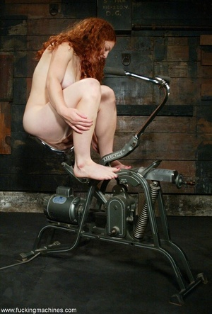 Redheaded babe with hot legs rides a fucking engine - XXXonXXX - Pic 6