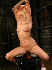 Hot babe having a great time with a fucking - XXXonXXX - Pic 5