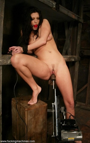 Hot babe having a great time with a fucking machine - XXXonXXX - Pic 11