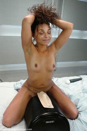 Hottie rides sybian machine until squirts like never before - XXXonXXX - Pic 18
