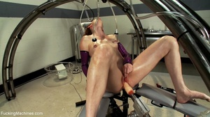 Slender darling wants some kinky action  - XXX Dessert - Picture 5
