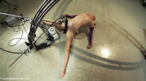 Slender darling wants some kinky action  - XXX Dessert - Picture 14