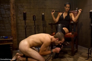 Ass-licking loser is bound with chain an - XXX Dessert - Picture 2