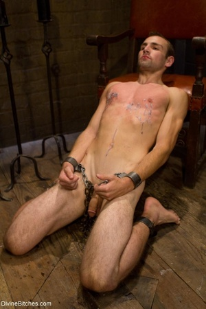 Ass-licking loser is bound with chain an - XXX Dessert - Picture 6