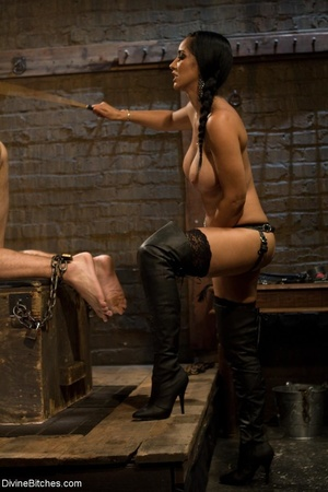 Ass-licking loser is bound with chain an - XXX Dessert - Picture 9