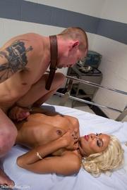 aggressive tranny patient gets
