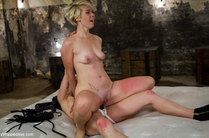 Two blondes found a way to fight the bor - XXX Dessert - Picture 15