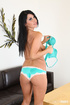 Fit raven haired beauty masturbates her pink snatch in the living room