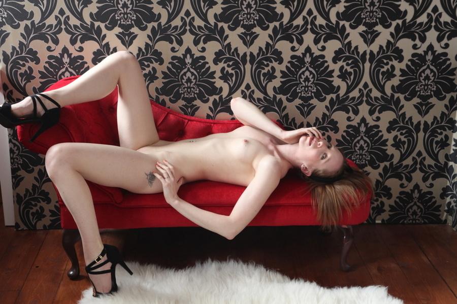Amateur bj Lottie nude