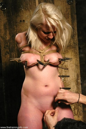 Water bondage never looked so sexy, as t - XXX Dessert - Picture 7