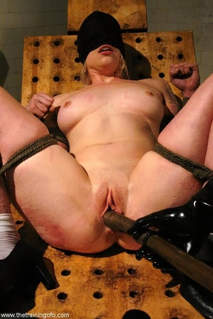 Water bondage never looked so sexy, as t - XXX Dessert - Picture 13