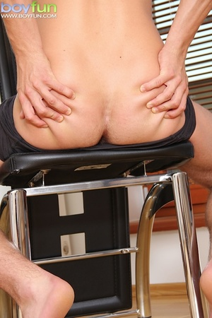 Pervert dude wearing blue clothing and black briefs plays with himself - XXXonXXX - Pic 9