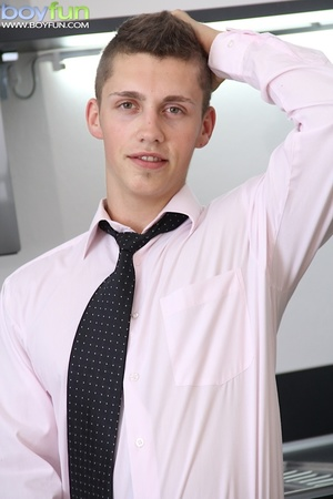 Beautiful boy jacks off while wearing a tie in a nice white room - XXXonXXX - Pic 2