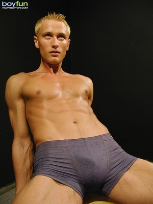 Shaven blonde dude with nice abs poses so hot and  pulls down pants - XXXonXXX - Pic 10