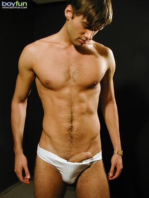 Nice dude with great body has fun posing his white briefs in a dark room - XXXonXXX - Pic 11