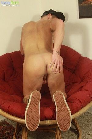 Nice college dude likes to play with his big testicles while keeping the cap on - XXXonXXX - Pic 14