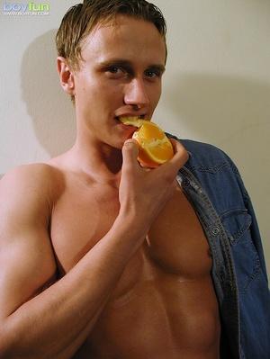 He sacrificed the orange juice for a good masturbation session - XXXonXXX - Pic 4