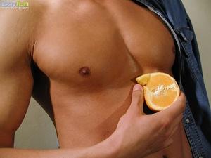 He sacrificed the orange juice for a good masturbation session - XXXonXXX - Pic 5