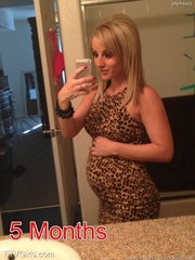 pregnant blonde pornstar showing