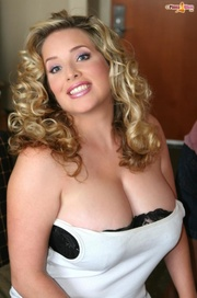 curly headed blonde isn't