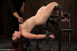 Busty ginger with killer curves can hard - XXX Dessert - Picture 4