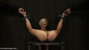During a BDSM session, slaves are caged  - XXX Dessert - Picture 8