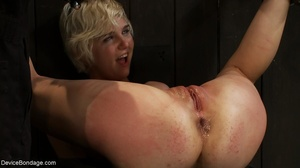During a BDSM session, slaves are caged  - XXX Dessert - Picture 18