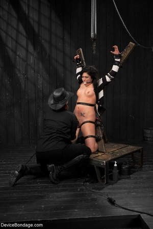 All-natural woman is bound in the most uncomfortable position as she takes the mistreatment well. - XXXonXXX - Pic 6