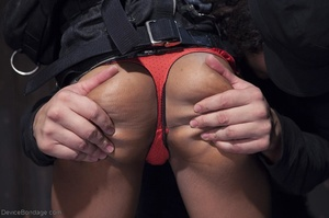 Long-haired black chick feels a butt plug pushed inside her tender ass hole. - XXXonXXX - Pic 2