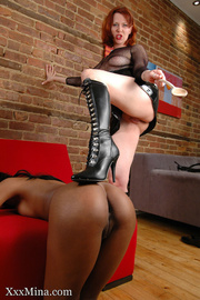 mistress sexy outfit beats