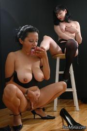 lesbian big titty gal