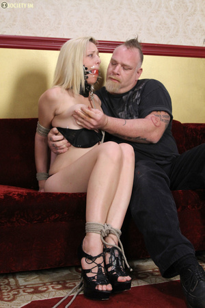 Cute blonde folded, racked, tied and gag - XXX Dessert - Picture 2