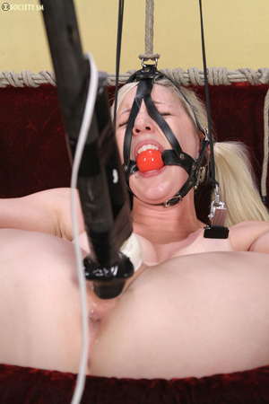 Cute blonde folded, racked, tied and gag - XXX Dessert - Picture 5